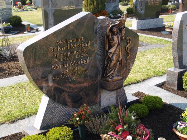 Grabmal aus Pradiso