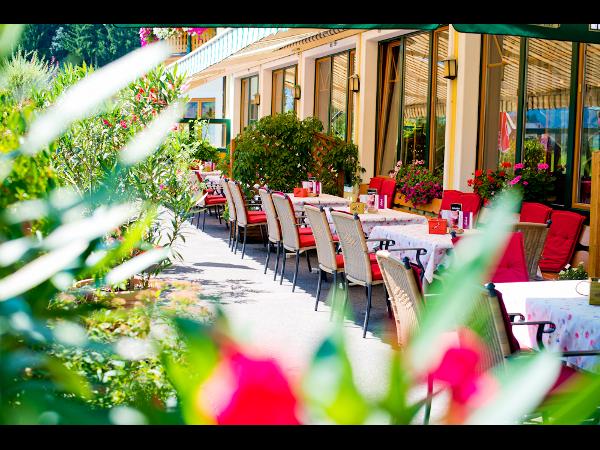 Vorschau - Gastgarten - Foto von HotelHiW