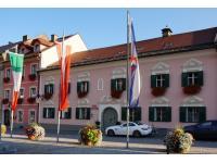 Hotel Pacher    Obervellach