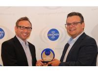 Auszeichnung mit Dipl. BW Ewald Hofbauer MBA Geschäftsführer Opticon