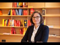 Dr. Anita Einsle