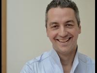 Dr.Armando Farmini