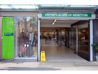 Benetton Megastore - Sisley