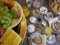 Unser reichhaltiges Frühstück lässt Sie optimal in den Tag starten