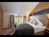 Trixl Einrichtung Schlafzimmer Altholz Loden Boxspring