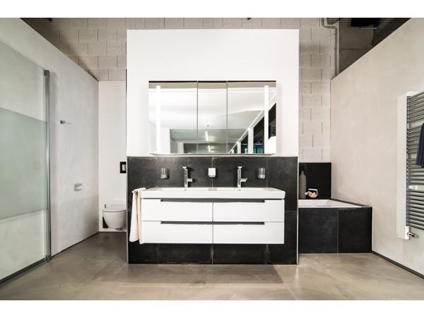 b derparadies salzburg 5020 salzburg badezimmer u badezimmereinrichtungen. Black Bedroom Furniture Sets. Home Design Ideas
