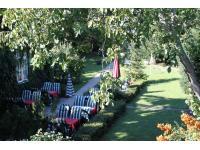 Pension Margit - Gartenoase im Zentrum von Baden