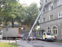 alles RAUS und WEG aus  Vorarlberg Entrümpelung und Umzug mit Möbellift