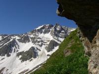 Schutzhütte im Sommer