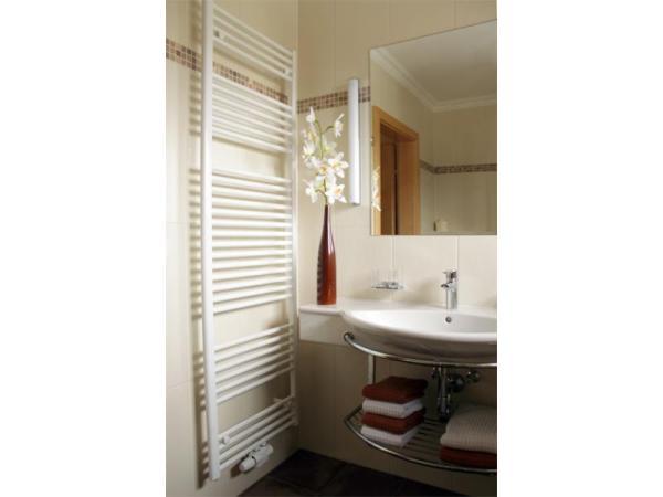 Bad im Wohlfühlzimmer am Glitschnerhof Aigen