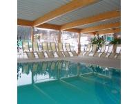 Indoor-Schwimmbecken