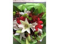Blumenstrauß aus Lilien, Gerbera und Chrysanthemen