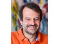Dr. Andreas Hillisch