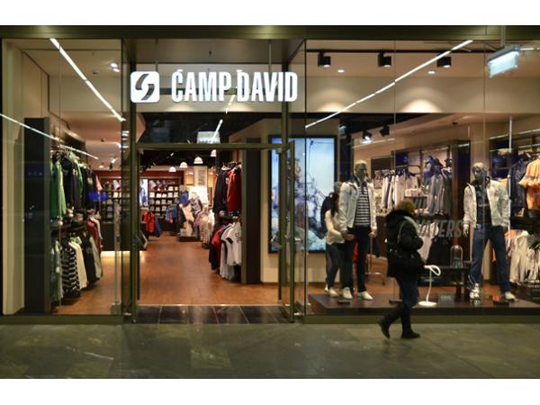 e4a2cc20d37c22 Camp David - BACH Fashion GmbH
