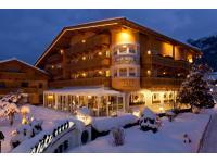 Hotel Elite Winter Abends