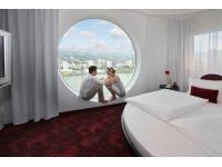 Circle Suite