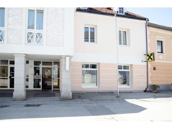 Vorschau - Foto 1 von Raiffeisenbank Region Amstetten eGen