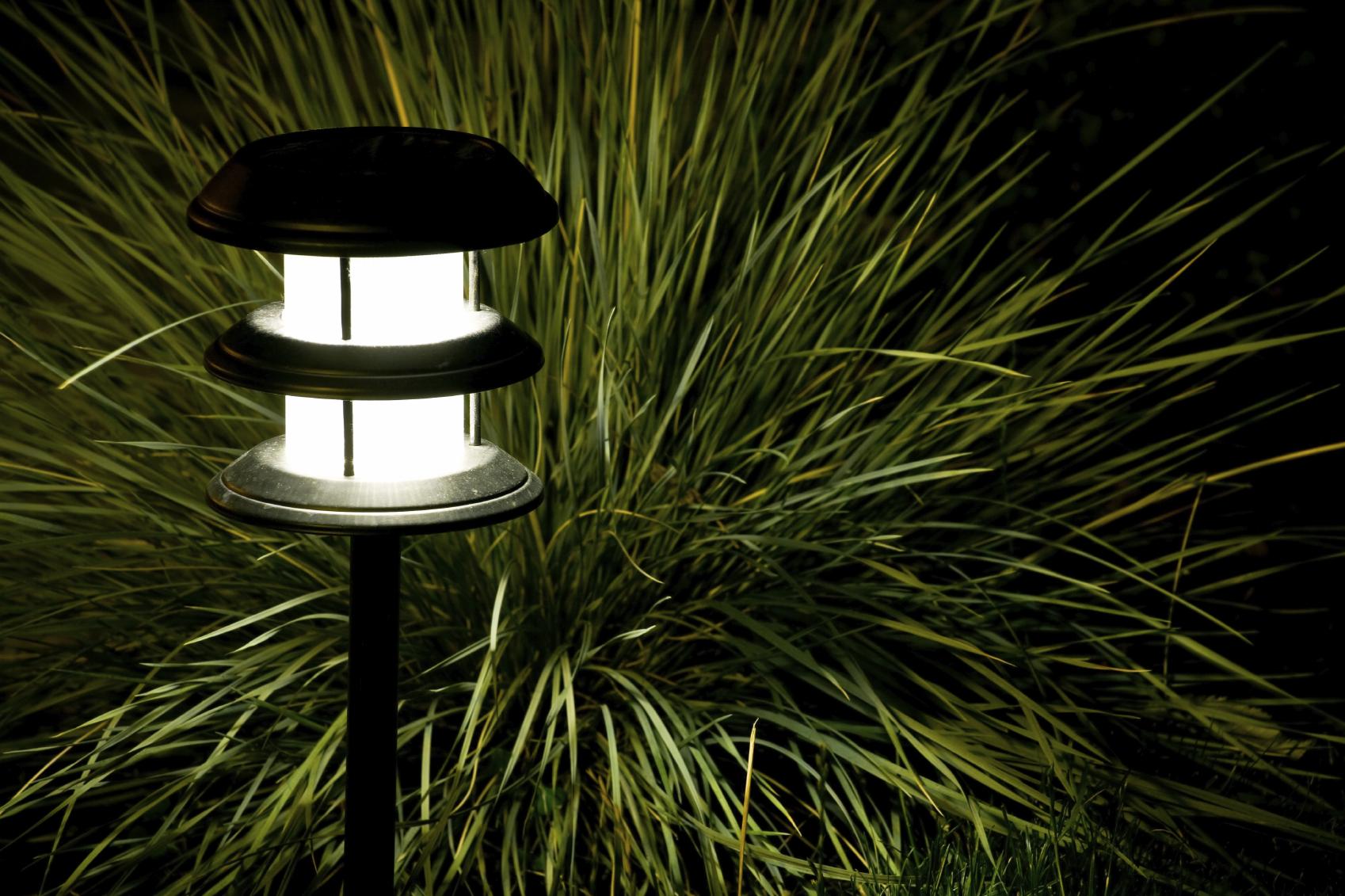 Garten_Lampen_LED_Beleuchtung Verwunderlich Lampen Für Den Garten Dekorationen