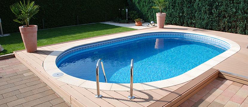 Swimmingpool: Was kostet er und welche Bauarten gibt es? - HEROLD.at
