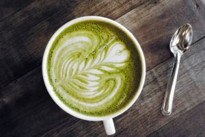 Matcha Tee: Alleskönner oder Marketingschmäh?