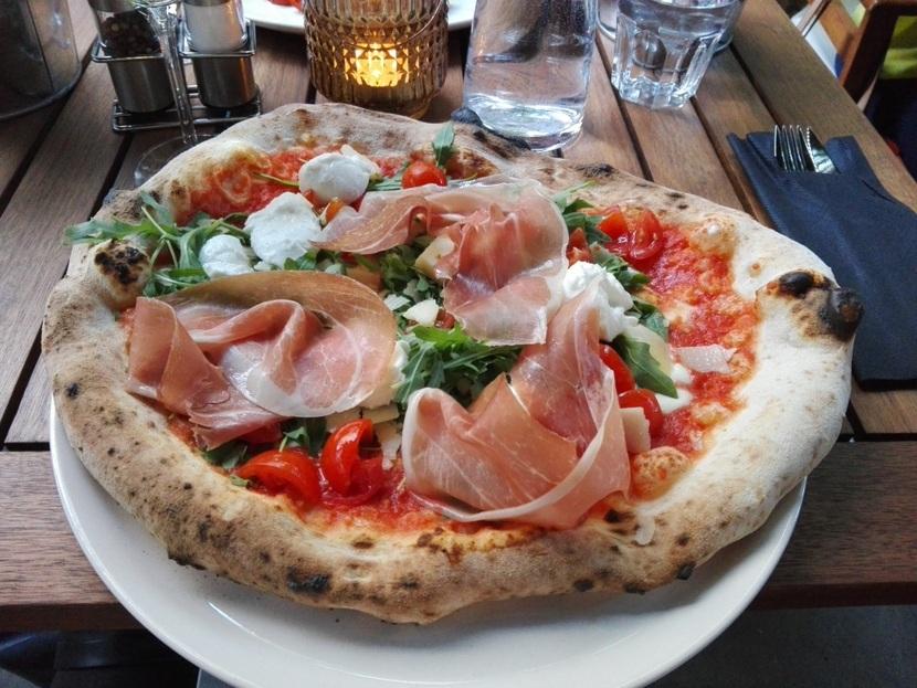 Neapolitanische Pizza Wien Die Besten Adressen Heroldat
