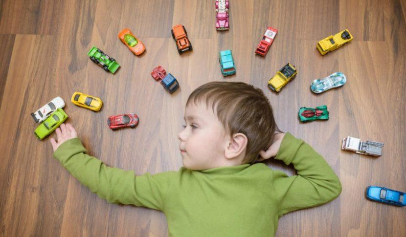 Fußboden im Kinderzimmer: gesunder Bodenbelag für kleine Füße ...