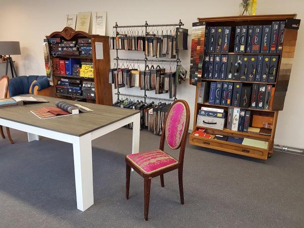 Hervorragend Möbel tapezieren - was es kostet und was zu beachten ist! - HEROLD.at FD41