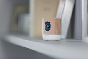 smart home smarthome camera withings sicherheit zu hause smartphone steuerung. Black Bedroom Furniture Sets. Home Design Ideas