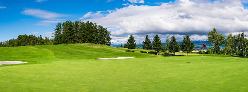 schöner Golfplatz