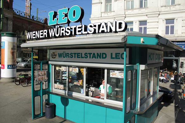 Würstelstand Leo, 10 einzigartige Würstelstände in Wien