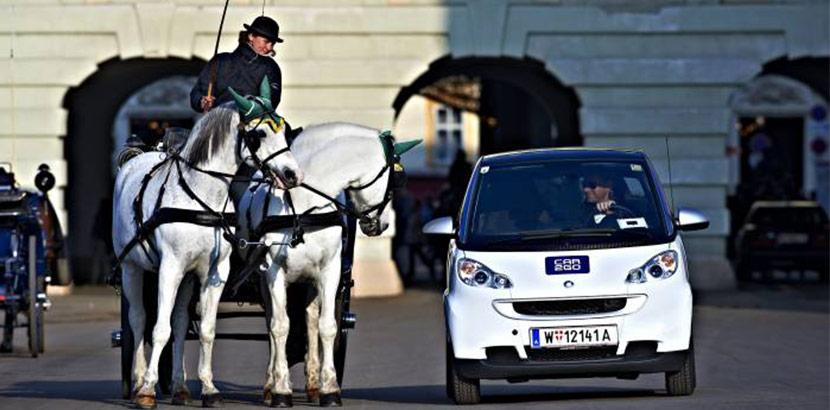 Share Now Car2Go mit Fiaker in Wien