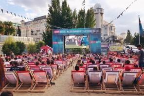Jetzt wirds Leinwand! Public Viewing in Wien: Die 8 besten Locations zum Fussball schauen in Wien
