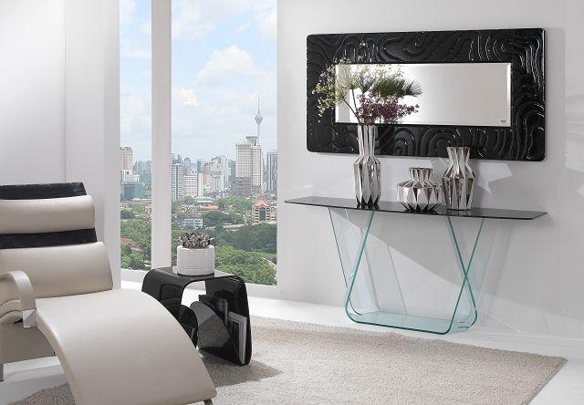 Glasdesignmöbel: Modernes Sideboard in verschiedenen Farben