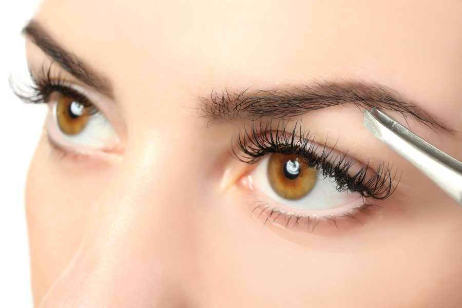 Augenbrauen formen: Trends, Tipps und Tricks für perfekte Augenbrauenformen