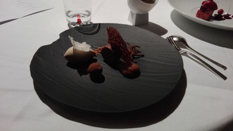 Dessert bei Amador, Foto (c) Claudia Busser - HEROLD.at