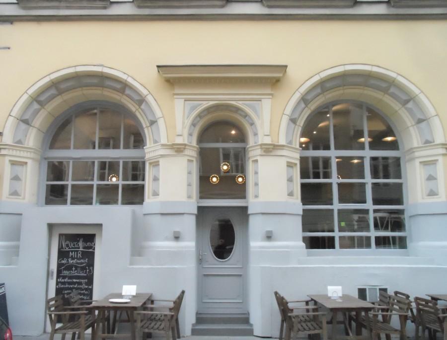 Fassade des MIR, Wien - HEROLD.at