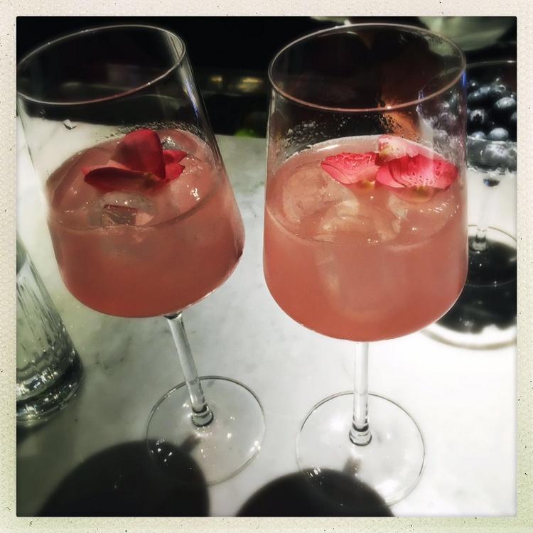 Top 10, Cocktailbars, Foto (c) Andrea Pickl, kekinwien - HEROLD.at