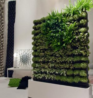 mehr gr n mit einem vertical garden. Black Bedroom Furniture Sets. Home Design Ideas