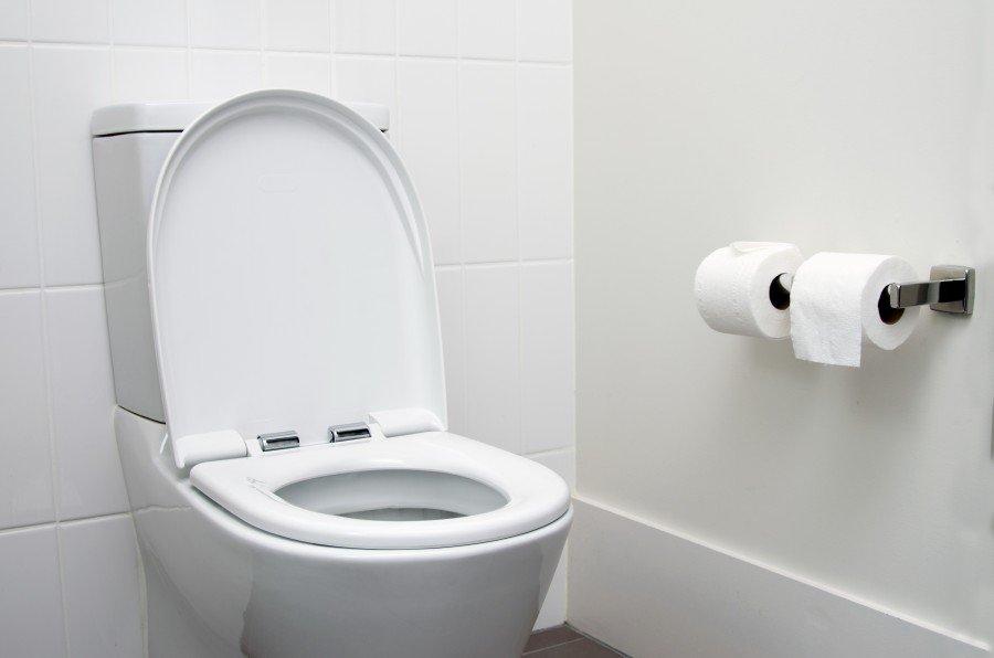 moderne toilette. Black Bedroom Furniture Sets. Home Design Ideas
