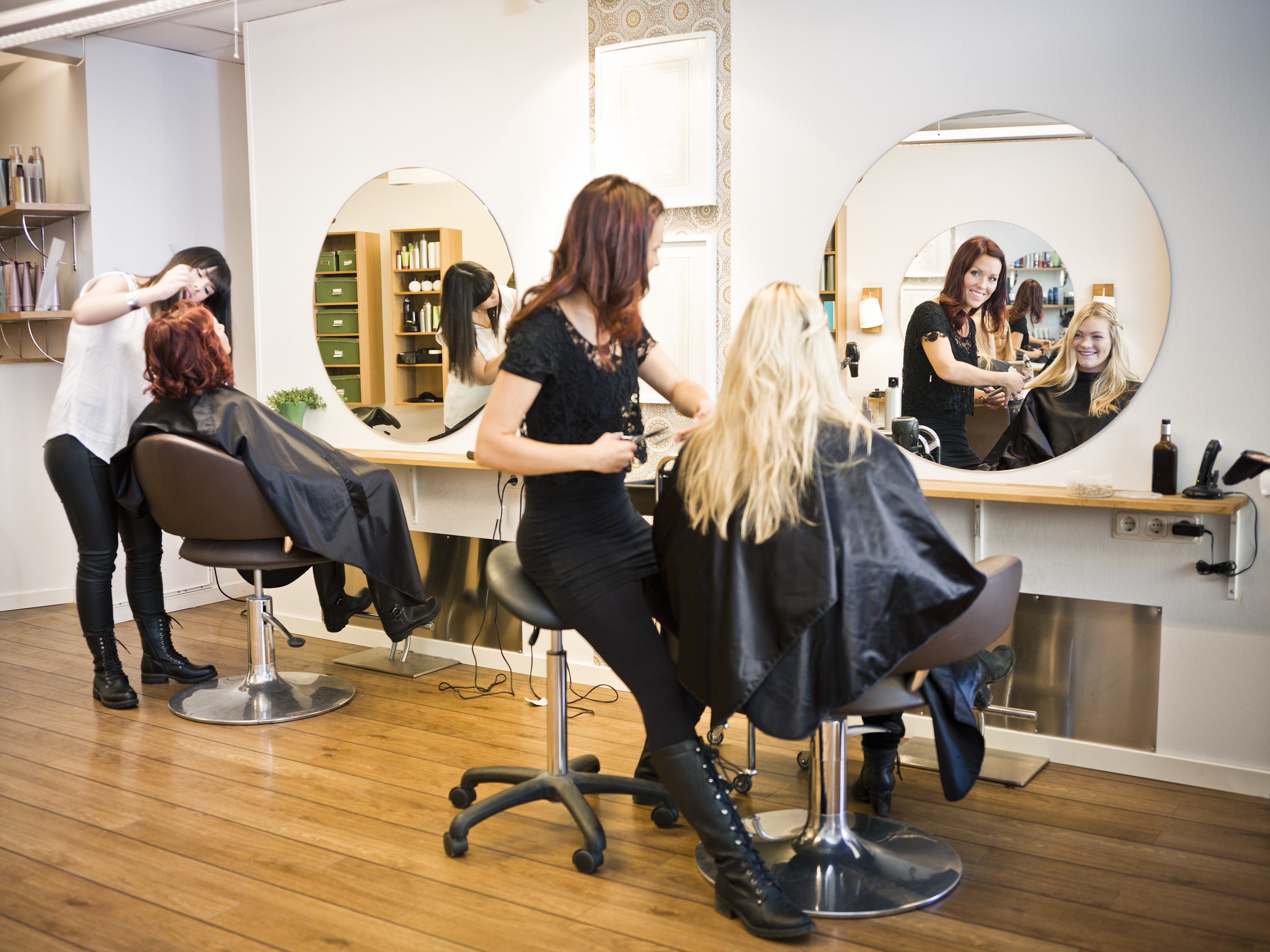 Top Bewertete Friseure In Wien Baba Bad Hair Herold At