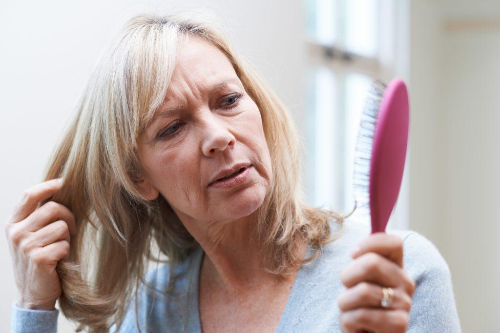Haarausfall Stoppen Eigenbluttherapie Gegen Haarverlust Heroldat