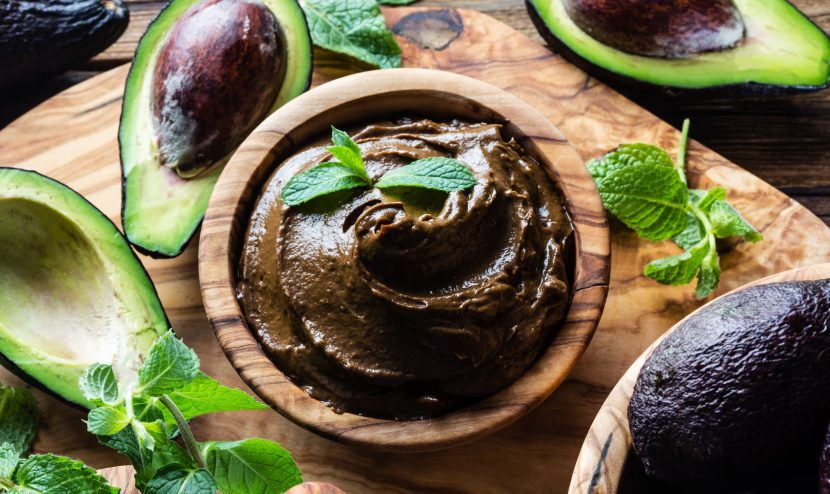 Low Carb Ernährungsplan Avocado Schokomousse
