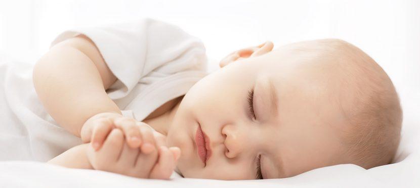 Beim plötzlichen Kindstod oder SIDS sterben Babys und kleine Kinder im Alter zwischen 0 und 2 Jahren völlig ohne Vorwarnung.