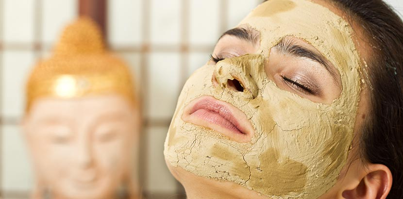 Heilerde Gesichtsmaske