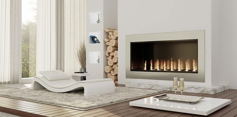 Moderner Gaskamin in einem stylischen Wohnraum.