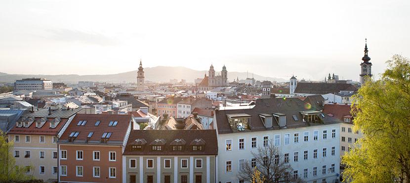Panorama von Linz. Hotels in Linz.