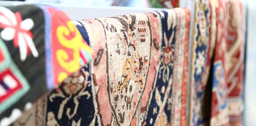 Teppich Reinigen So Wird Dein Teppich Wieder Wie Neu Herold At