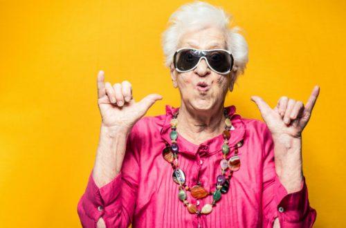ältere coole Frau
