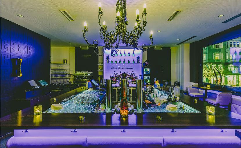 Die Bar im Restaurant Das Schindler.