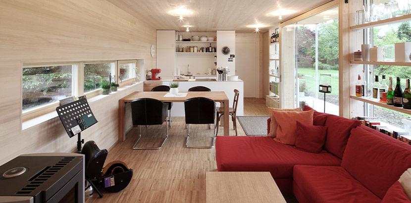 Tiny house aus sterreich von innen for Wohnbox fertighaus